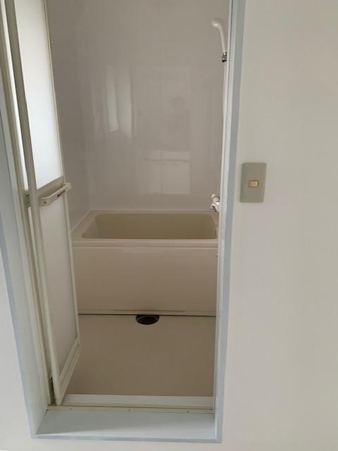 築30年以上のアパート浴室をリフォーム